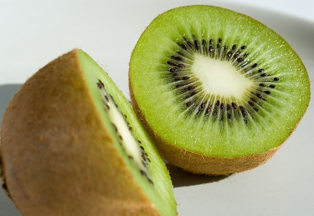 How to Peel the Kiwi From Your Aquaponics Garden